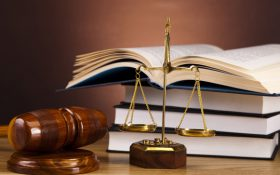 مشاوره حقوقی و آینده کاری